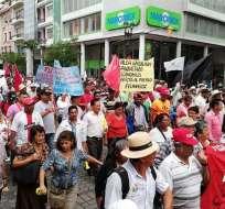 GUAYAQUIL, Ecuador.-Las manifestaciones se desarrollan en Guayaquil y Cuenca. El FUT marchará en Quito. Foto: Twitter