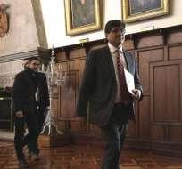 Exasambleísta y el exsuperintendente de Comunicación tienen orden de prisión en Ecuador. Foto: API