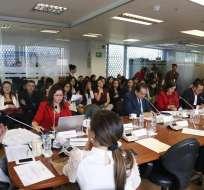 Comisión de Soberanía aprobó resolución con la que pedirá al Pleno convocar a consejeros. Foto: Twitter Asamblea