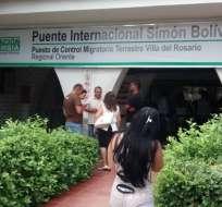 COLOMBIA.- El permiso de tránsito (TMF) les permite entrar a las ciudades fronterizas en Colombia. Foto: Archivo