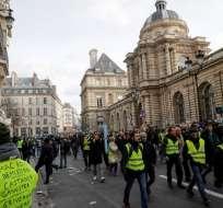 """Los """"chalecos amarillos"""" vuelven a manifestarse en toda Francia. Foto: AFP"""