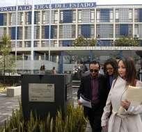 QUITO, Ecuador.- Lenín Rodríguez acudió a la Fiscalía a reconocer su firma en la denuncia contra Galarza. Foto: API
