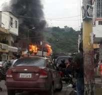 La alerta movilizó a 150 elementos del Cuerpo de Bomberos y 30 vehículos para combatir el fuego. Foto: Twitter