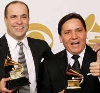 Bermúdez (derecha) es uno de los vocalistas de la agrupación. Foto: tomada del facebook.
