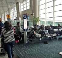 Autoridades determinarán  si se vulneraron los derechos de los pasajeros. Foto: Foto: Captura Video.