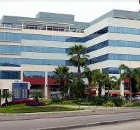 El consulado no cuenta con una custodia policial permanente. Foto: Google Maps