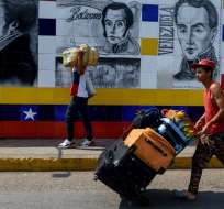 Bloqueo se da a horas de ingreso de ayuda humanitaria desde Cúcuta por parte de Guaidó. Foto: Archivo AFP
