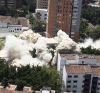 El edificio Mónaco, de Medellín, Colombia, donde vivió Pablo Escobar, fue demolido este viernes.