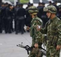 El gobierno colombiano ordenó el cierre de los cuatro pasos fronterizos con Venezuela. Foto: AP
