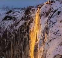 """Así son las espectaculares """"cascadas de fuego"""" de California."""
