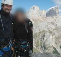 """Mark Kennedy con """"Lisa"""" durante su viaje a los Alpes italianos, cuando se hacía llamar Mark Stone."""