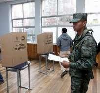 El CNE analizará si es necesario repetir la votación en las mesas. Foto: Archivo CNE