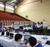 Vicepresidente de Consejo Electoral cuestionó servicio de CNT por fallas del domingo. Foto: Flickr CNE