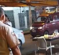 QUEVEDO, Ecuador.- El hombre se encontraba en un restaurante junto a su padre. Foto: Al Día
