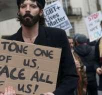 Protestas en Londres por las nuevas leyes de Brunéi en contra de los homosexuales.