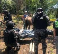 MANABÍ, Ecuador.- La hermana del narcotraficante fue detenida y posteriormente trasladada a Guayaquil. Foto: Cortesía