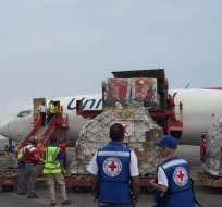 Venezuela recibió primer envío de ayuda humanitaria de la Cruz Roja. Foto: AFP