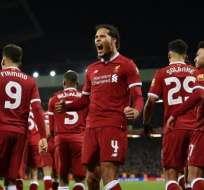 Jugadores del Liverpool, celebrando un gol.