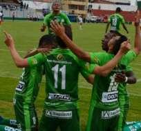 Jugadores de Mushuc Runa, celebrando un gol.