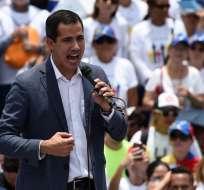 Guaidó anunció una nueva movilización para este miércoles 1 de mayo. Foto: AFP