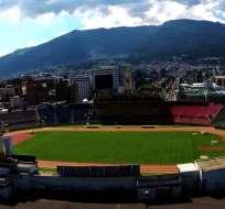 Estadio olímpico Atahualpa, escenario deportivo ubicado en Quito.