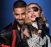 Madonna y Maluma sobre el escenario de los Billboard. Foto: Instagram Billboard.