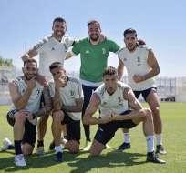 Cristiano Ronaldo junto a sus compañeros de la Juventus.