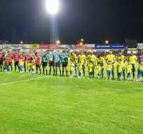 Minutos antes del arranque del partido. Foto: Twitter El Fantasista.