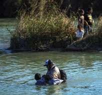 Autoridades de Ecuador y México tratan de identificar cuerpos. Foto: AFP - Referencial