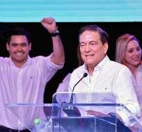 Cortizo obtuvo el 33% de los votos, seguido de Roux con 31%. Foto: AFP