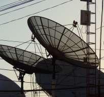 Ecuavisa denunció hace 2 meses entrega irregular de frecuencias temporales de TV.  Foto referencial / Archivo