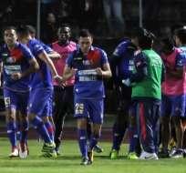 Jugadores de Olmedo celebran juntos tras el gol. Foto: Comunicadores SP.