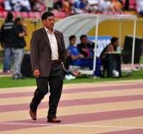 Sixto Vizuete, entrenador ecuatoriano dejó de ser el estratega de las formativas de Bolivia.