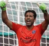 El club hizo oficial la salida del portero italiano de 41 años. Foto: Archivo