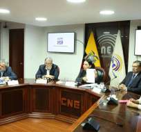 Medida se da tras supuestos aportes de multinacionales a campaña de reelección de Correa. Foto: CNE