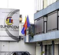 Esta entidad aplicó 705 sanciones a medios de comunicación a los que cobró 800 mil dólares en multas. Foto: Andes