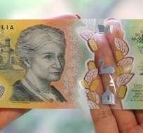 El billete de 50 dólares australianos tiene un error en la letra pequeña. RESERVE BANK OF AUSTRALIA