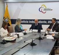 Sobornos, fraude y hasta maltratos denunció el Consejo transitorio este viernes. Foto: API