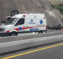 Las autoridades continúan tras la pista del conductor, quien huyó del sitio. Foto: Twitter