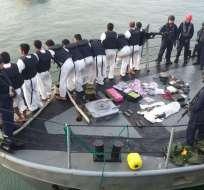 Capturados y evidencias debían arribar a Manta la tarde del lunes 13 de mayo. Foto: Armada