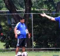 Ismael Rescalvo en la práctica del Bombillo. Foto: Twitter Emelec.