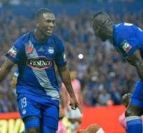 Brayan Angulo celebra uno de sus goles con Emelec.