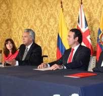 QUITO, Ecuador.- El acuerdo también fue suscrito con Colombia y Perú. Foto: @IndustriasEc