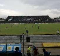 Emelec jugando ante Atlético Santo Domingo. Foto: Twitter Atlético Santo Domingo.
