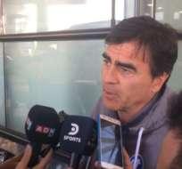 El entrenador Gustavo Quinteros habló sobre un posible regreso a Ecuador. Foto: Tomada de @CruzadosSADP