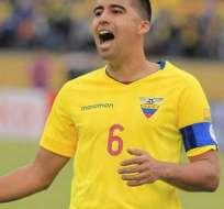 Cristhian Noboa, con la cinta de capitán de Ecuador.