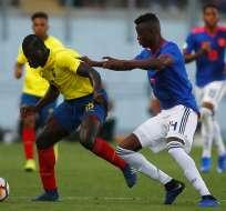 Sergio Quinteros, en pleno duelo con Ecuador sub 20.