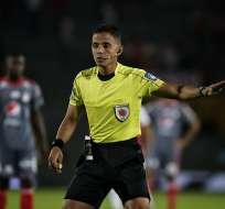 Carlos Herrera, árbitro colombiano.