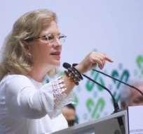 La exministra Josefa González Blanco aseguró que AMLO no había tenido nada que ver en el retraso del avión.