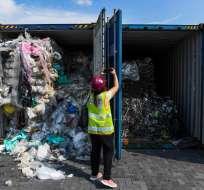 Malasia devolverá toneladas de plástico a países de origen. Foto: AP